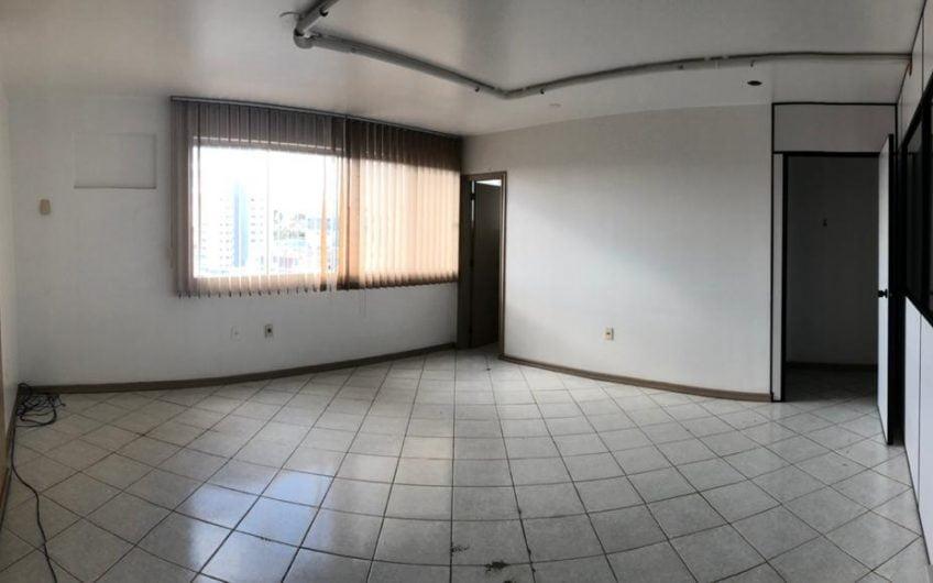 Sala Comercial 25 Ed.GMC. | Aluguel ou Venda.