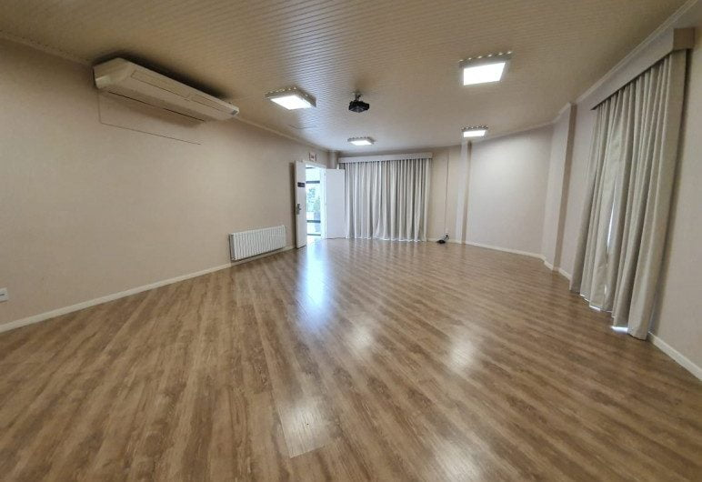 SALA COMERCIAL ANEXA GABOARDI PARK HOTEL  Locação Contestado